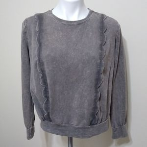 Eri + Ali Gray Scalloped Distressed Sweatshirt